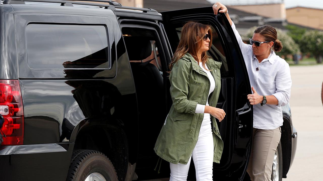 """""""Realmente no me importa"""", el lema de la chamarra de Melania Trump en su visita a niños migrantes"""