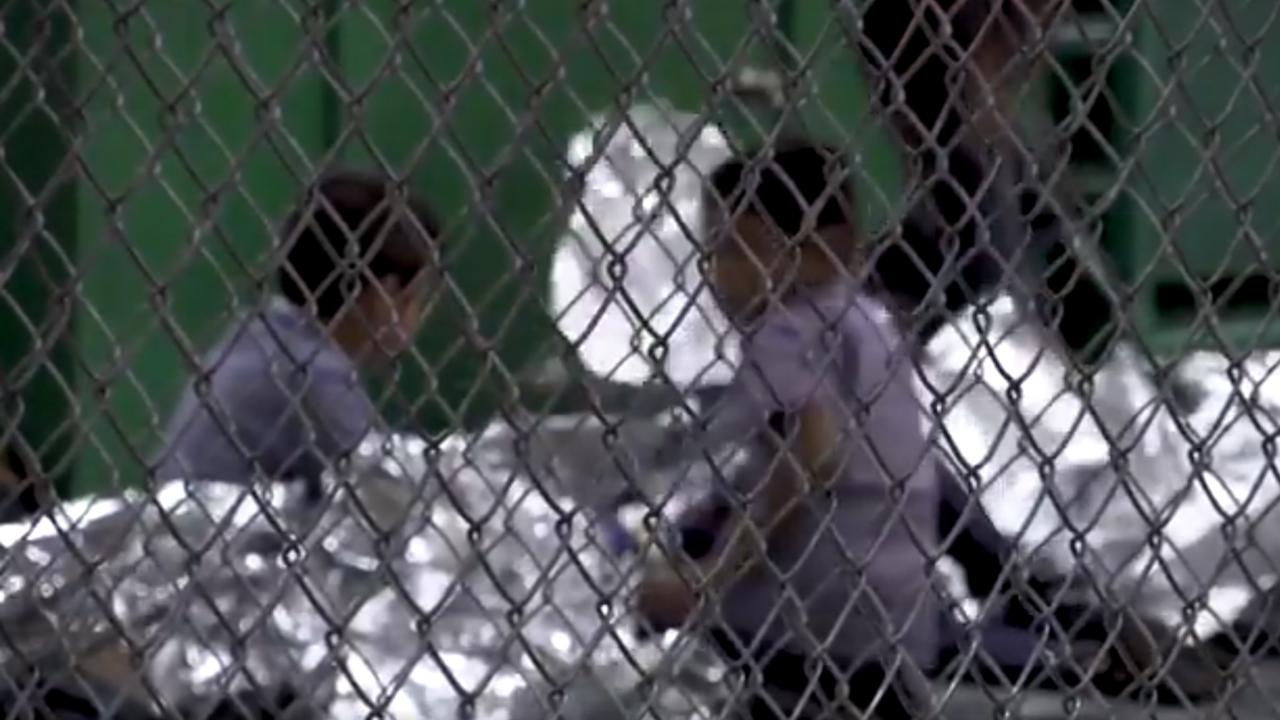 Reunir a padres y niños separados en la frontera, una tarea titánica: abogados