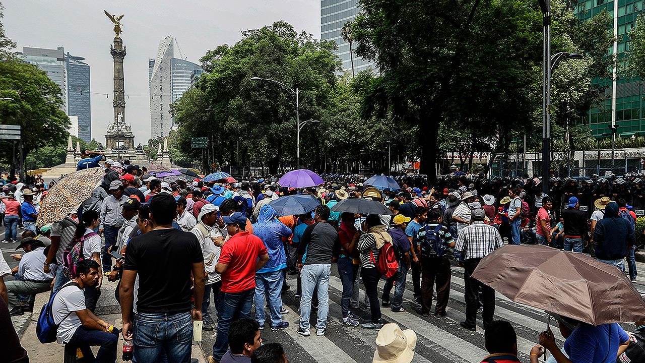 Plantón de CNTE deja pérdidas por más de 6 mdp a pequeños comercios