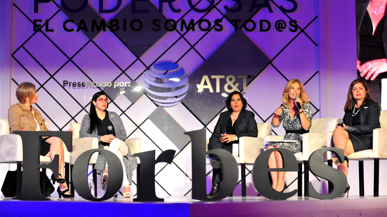 Los presidenciables suscriben la Declaratoria Forbes sobre igualdad de género