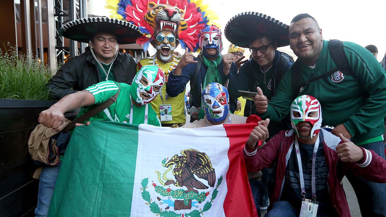 La 'fiebre' del futbol no se acaba en los hogares mexicanos