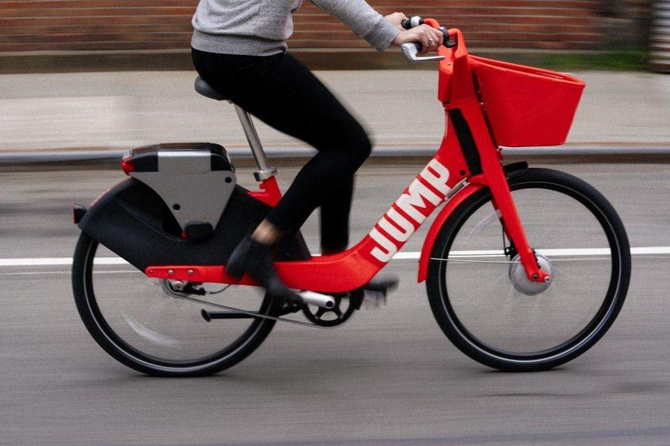 Uber prepara el lanzamiento de su servicio de bicicletas compartidas