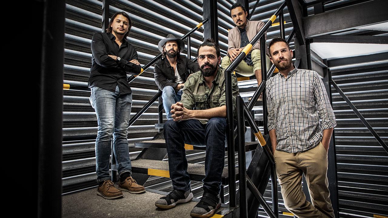 Ellos son los creativos que dieron un vuelco a la campaña de AMLO