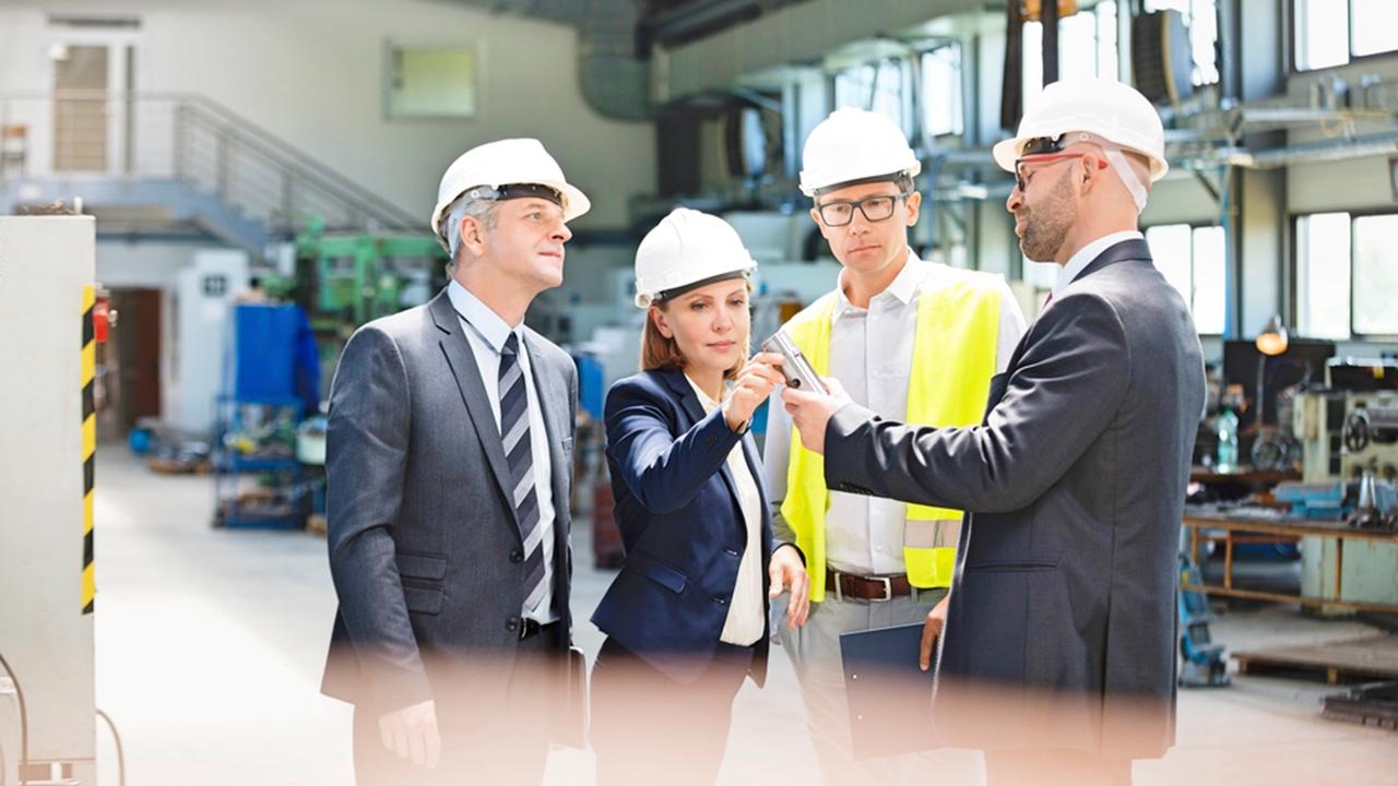 ¿Porque la dirección de empresas y la ingeniería son compatibles y complementarias?