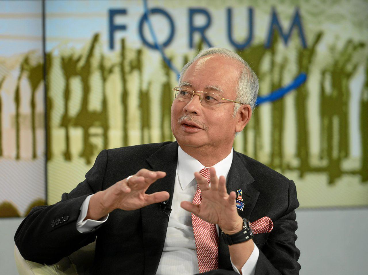 Detienen a ex primer ministro de Malasia por lavado de dinero