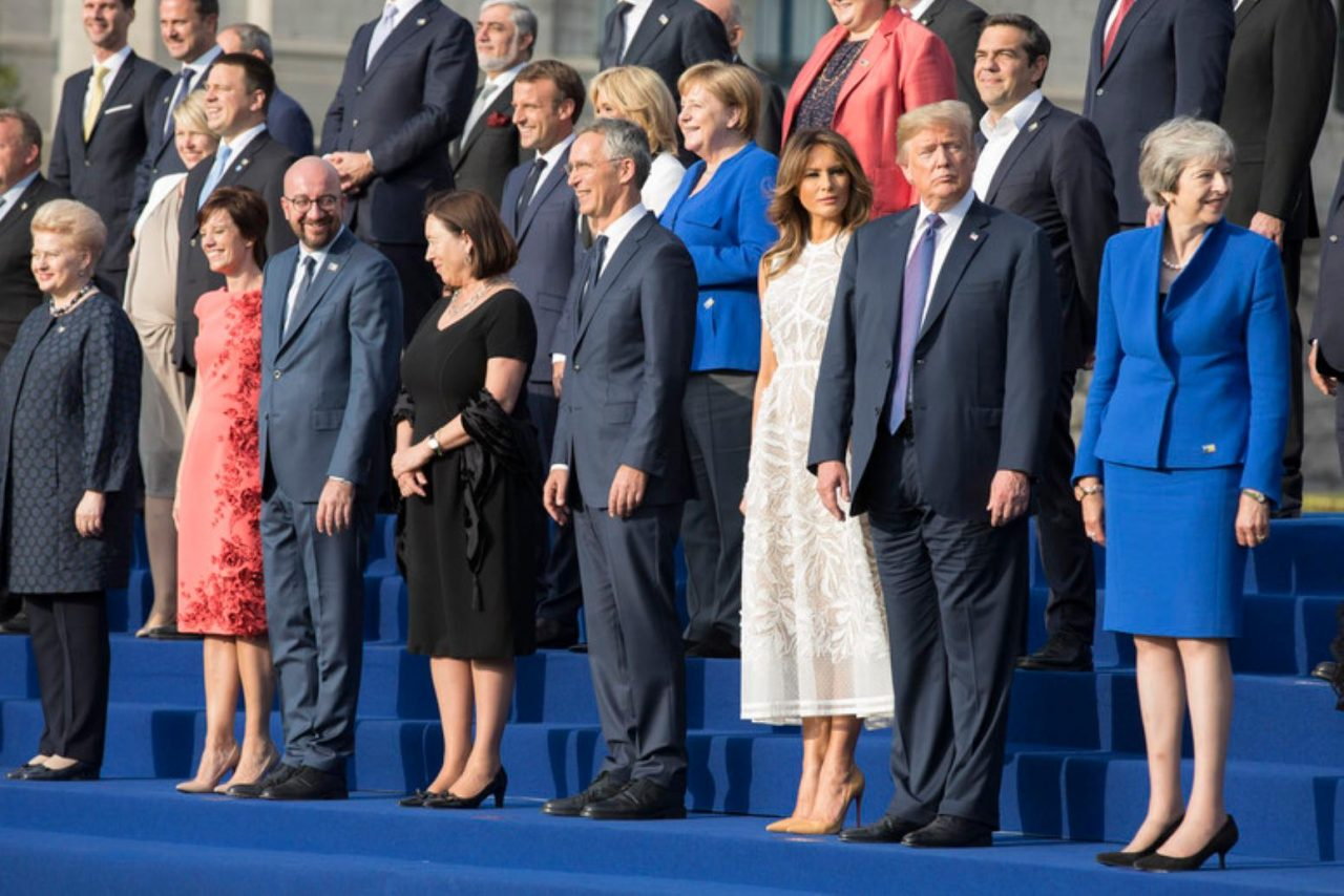 Trump se condecora por conseguir compromiso de más inversión en la OTAN