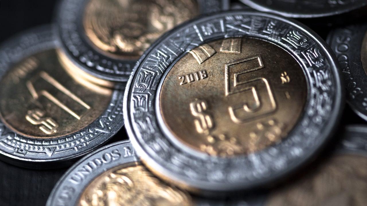 Peso gana tras datos de inflación en Estados Unidos