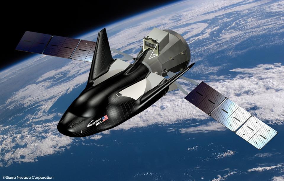 La inmigrante multimillonaria que busca derrotar a Musk en el espacio
