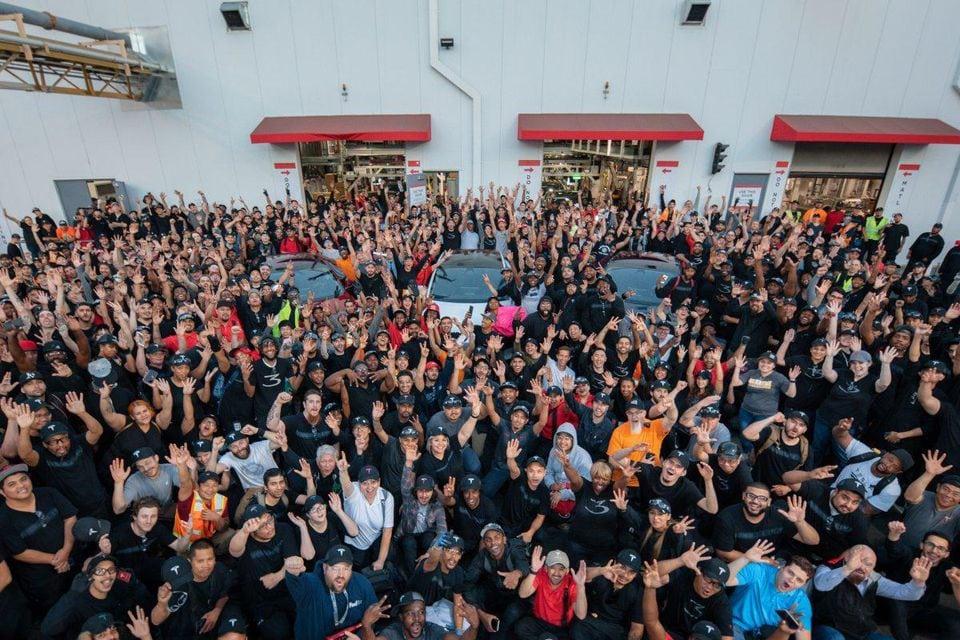 Tesla abrirá megaplanta en Shanghái China