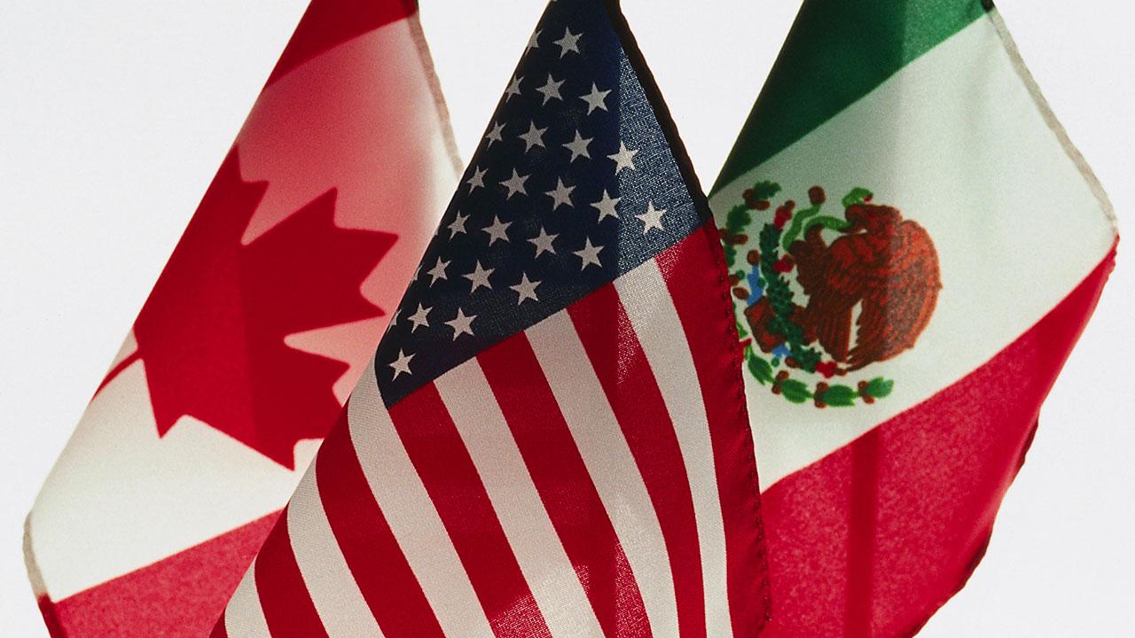 Celebran el acuerdo entre EU y Canadá que salva al TLCAN