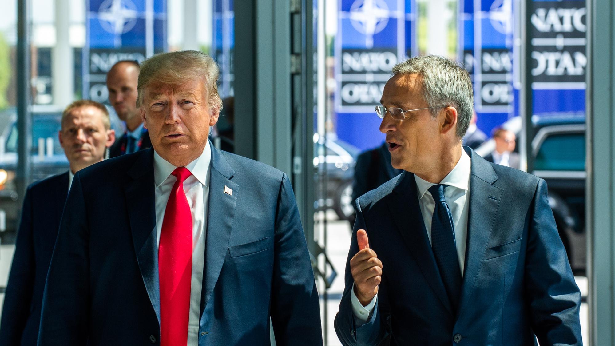 Trump tensa la OTAN y acusa a Alemania de ser 'prisionera' de Rusia
