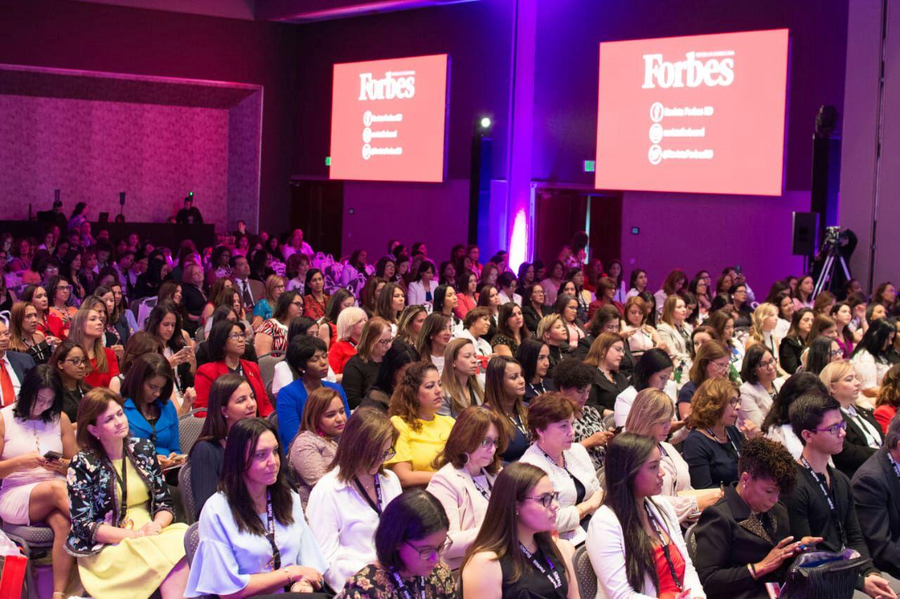 Las niñas no estudian carreras tecnológicas por falta de apoyo: ONU Mujeres