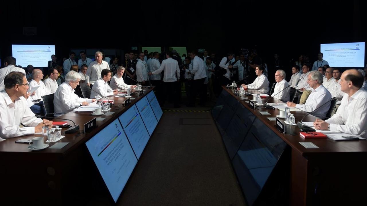 Alianza del Pacífico y Mercosur pactar incrementar relaciones comerciales