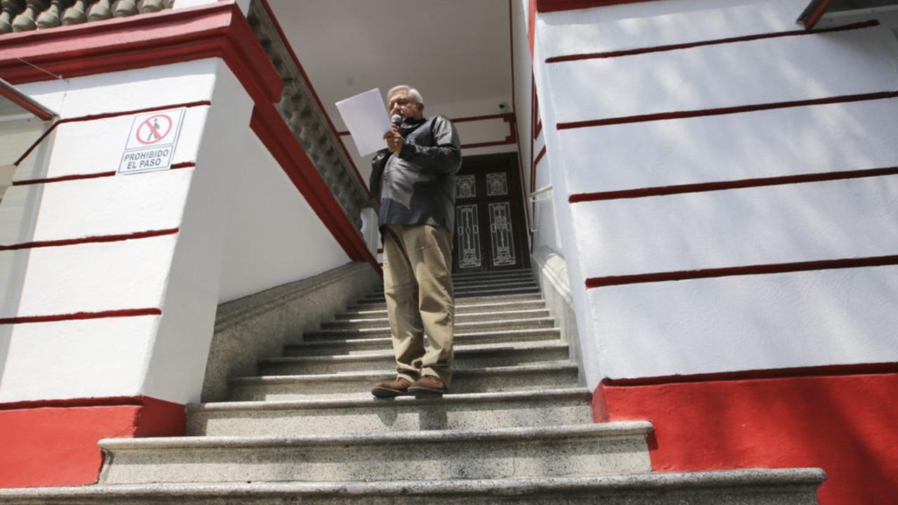 Personal de embajada canadiense visita las oficinas de AMLO, previo a reunión con Freeland
