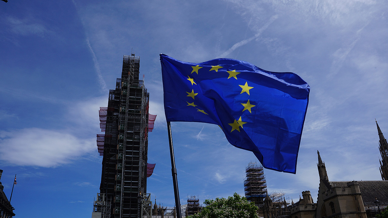 May cierra la puerta a nuevo referéndum sobre Brexit