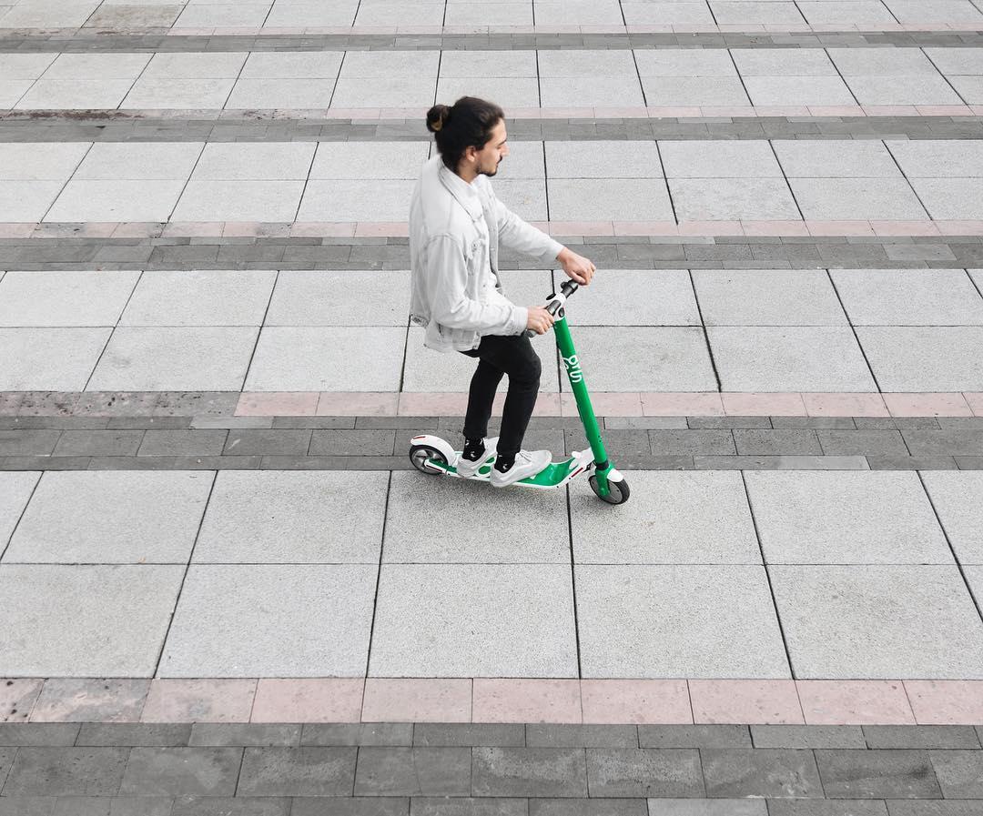 Esta empresa quiere que cambies los taxis por patines eléctricos