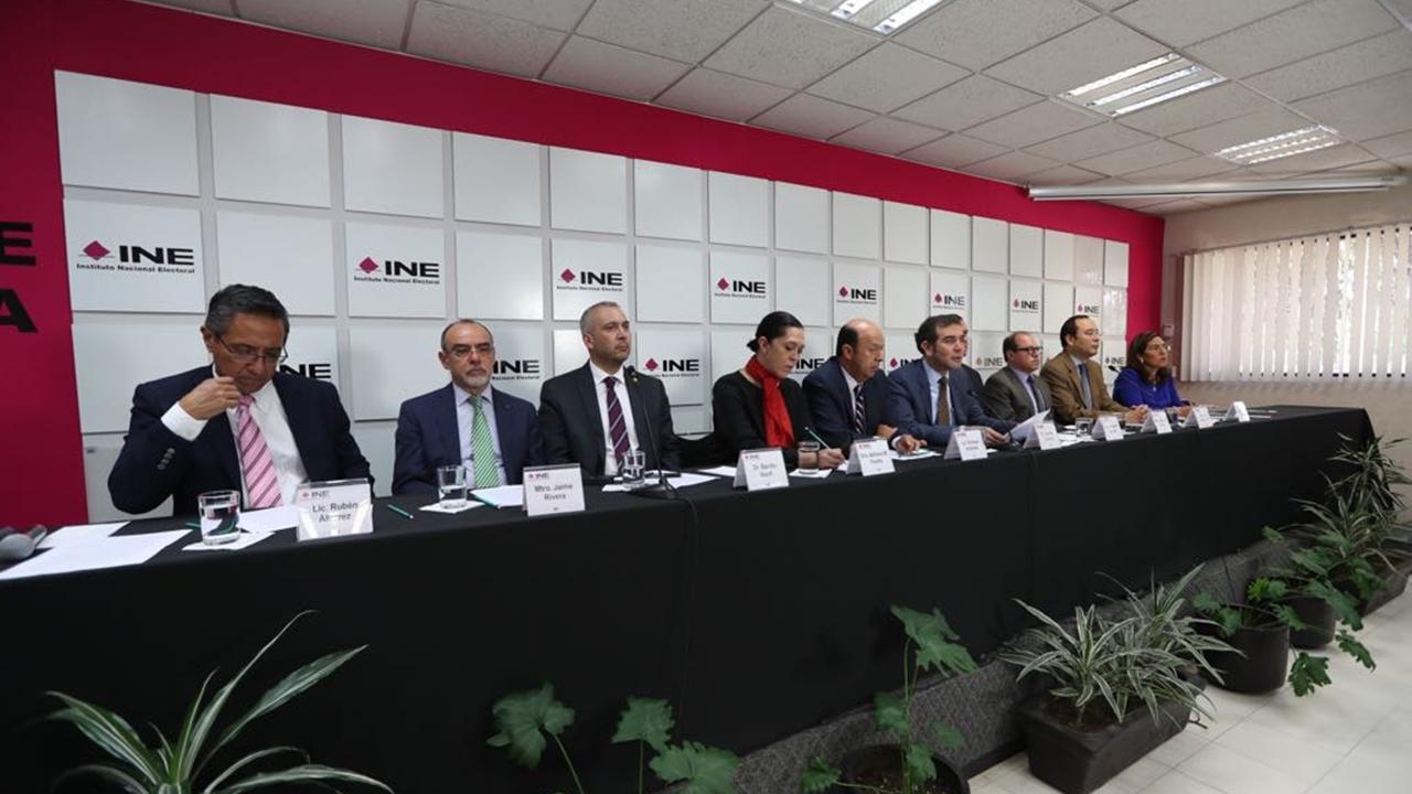 INE aclara que no se constató uso electoral de fideicomiso 'Por los demás'