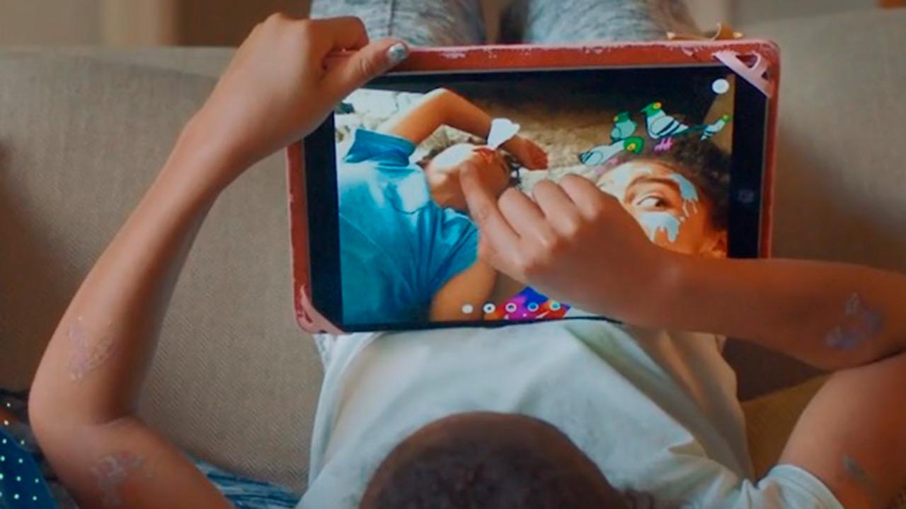 Facebook quiere que los niños se comuniquen de forma más segura