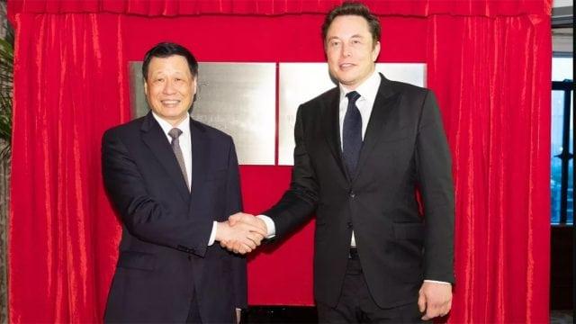 Construirá Tesla planta en Shanghai