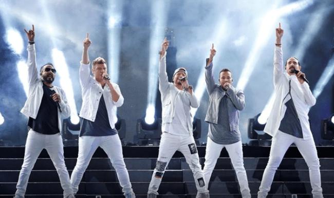 Colapsa una estructura metálica en concierto de Backstreet Boys