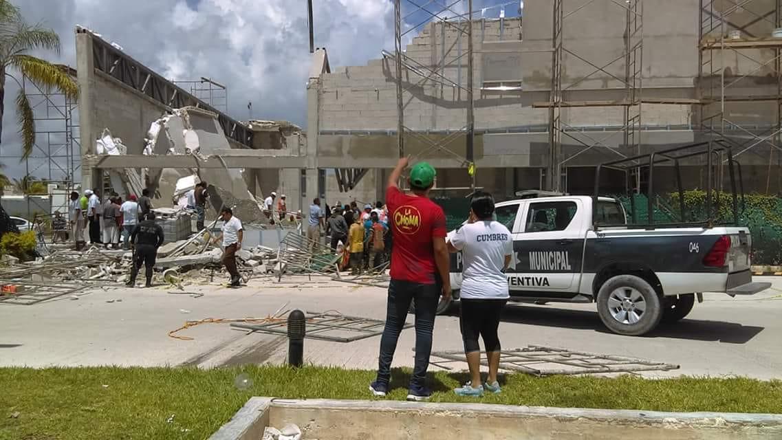 Derrumbe de centro comercial en Puerto Morelos deja 3 muertos y 16 heridos