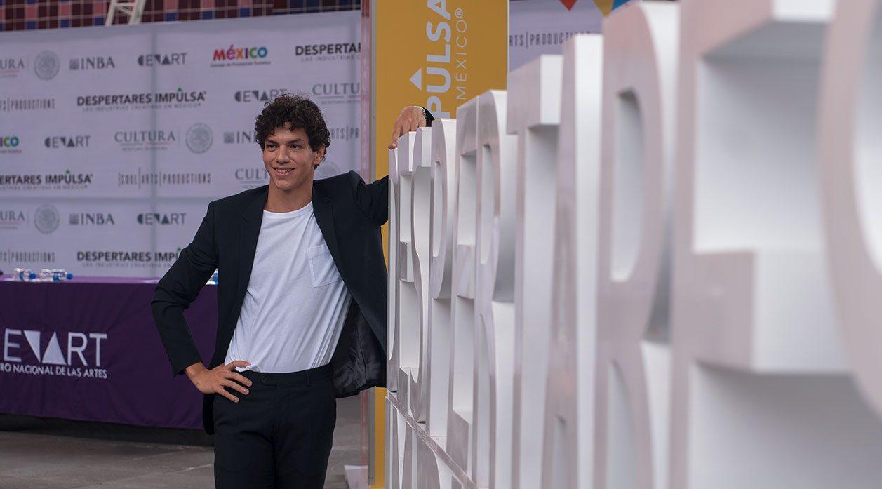 El bailarín mexicano Isaac Hernández regresa a México para apoyar el talento nacional