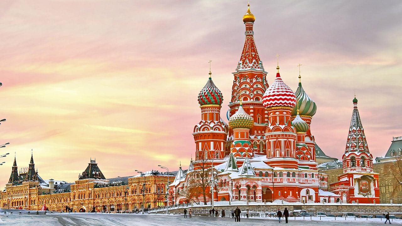 LIFECOM Group y Ruski Tours: entrelazando dos culturas