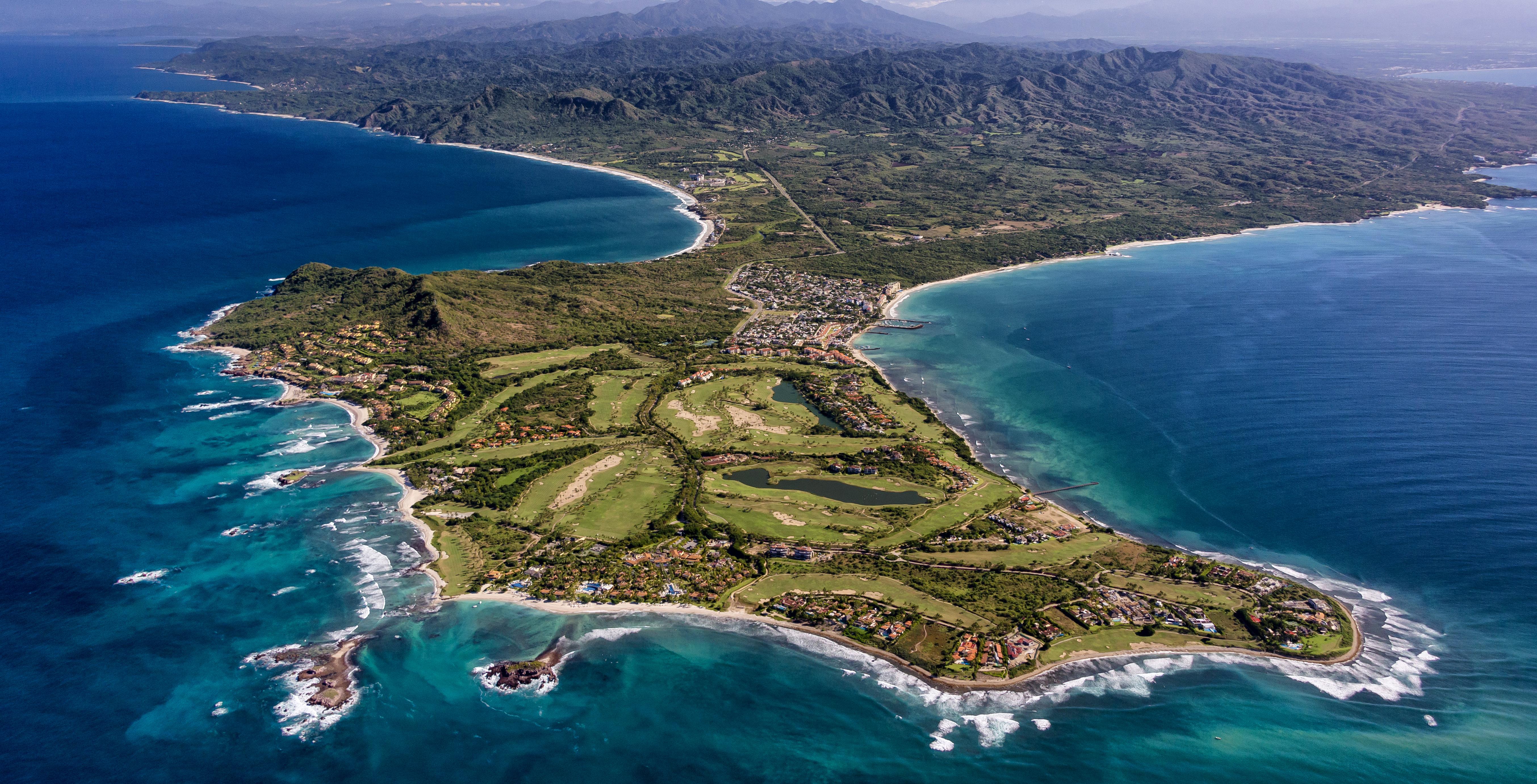 Descubre por qué Punta Mita es el destino favorito de las celebridades