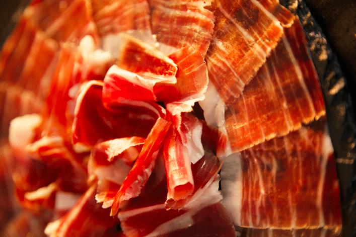 Aprende a identificar -y disfrutar- el jamón de bellota 100% ibérico