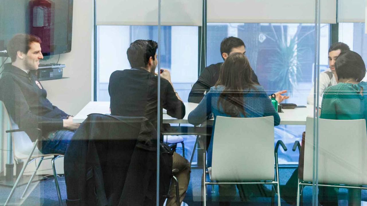 ¿Cómo hacer más eficientes las juntas de trabajo?
