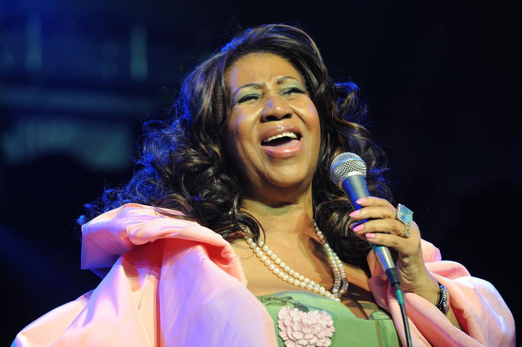 Tres momentos en que la voz de Aretha Franklin hizo historia