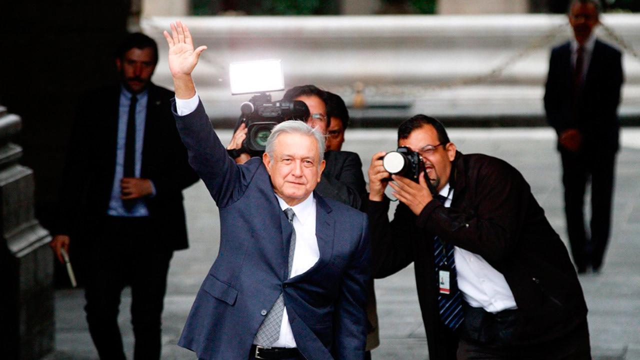 López Obrador se reúne en Palacio Nacional con Peña Nieto