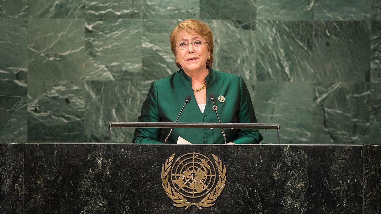 Comisionada de la ONU se muestra consternada por trato de EU a migrantes