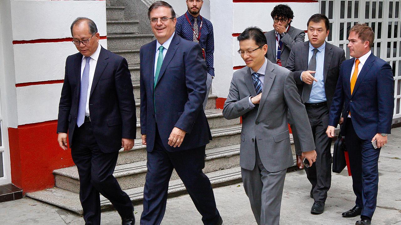 Ebrard detalla la política comercial exterior ante inminente desaparición de ProMéxico