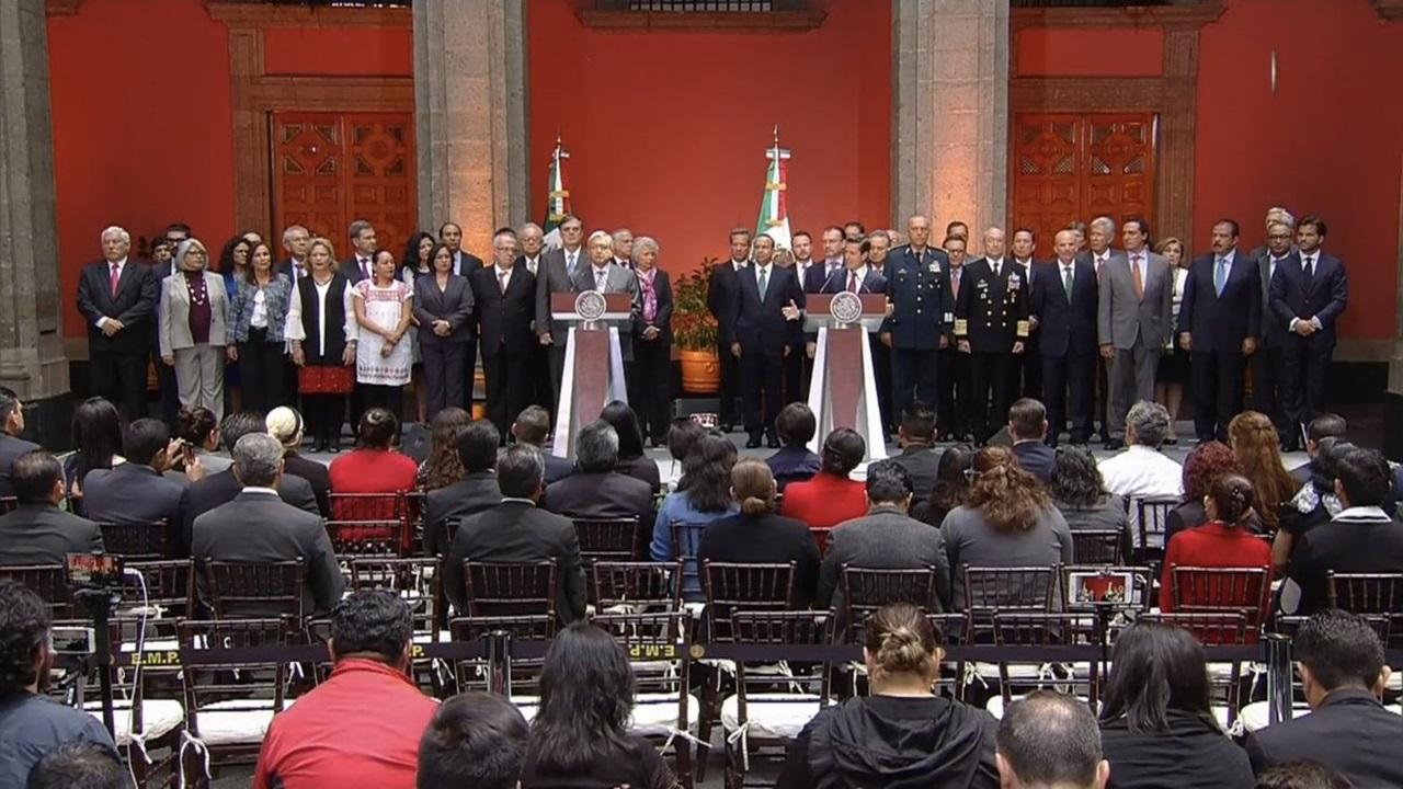 Los riesgos de las consultas, para López Obrador