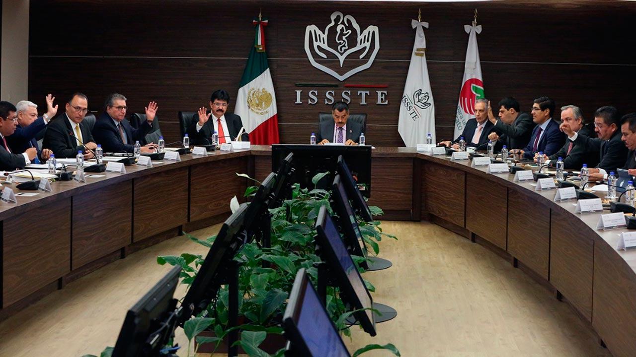 A partir de enero todos los servidores públicos se integrarán al ISSSTE