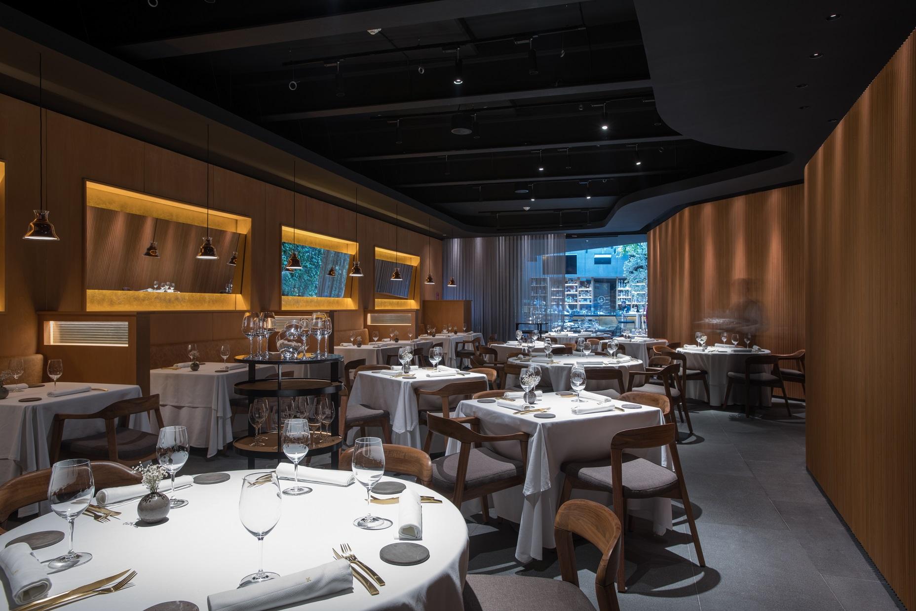 Abre KO MA, el nuevo restaurante de Mikel Alonso y Gerard Bellver