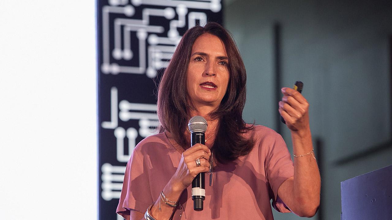 Va a ser imposible evitar por completo los ciberataques: Lorenza Martínez