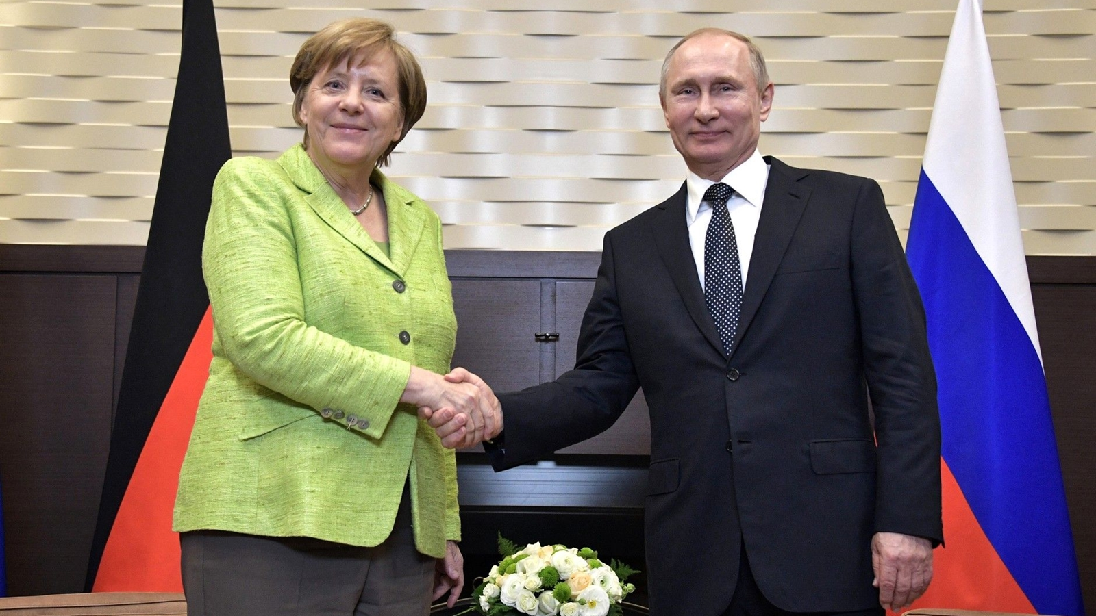 Merkel y Putin se reunirán en Alemania el 18 de agosto