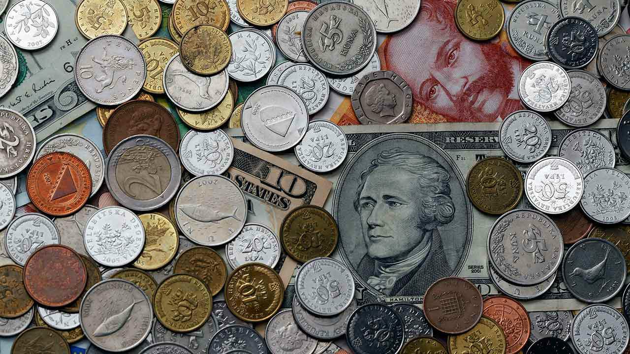 El futuro económico mundial no es tan oscuro como se preveía: FMI
