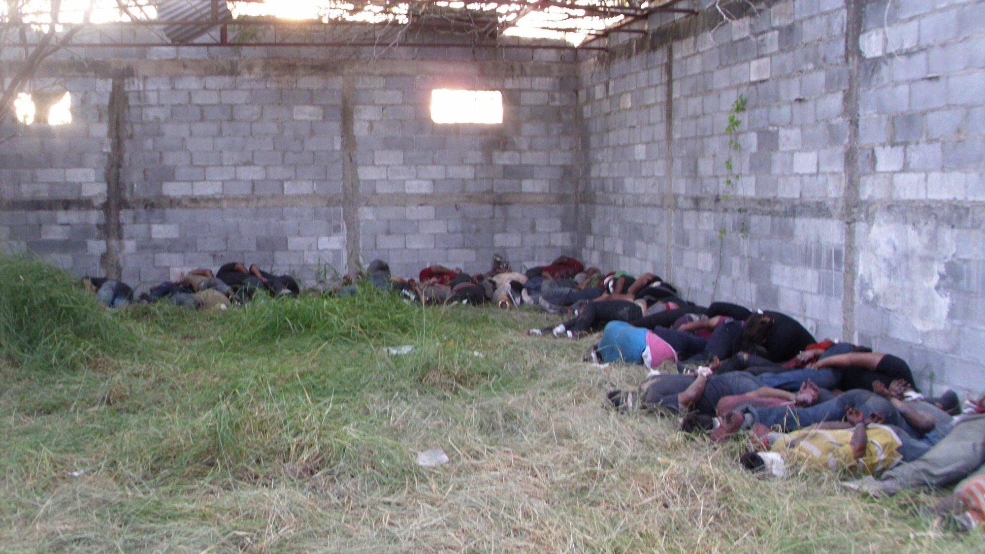 México dará compensación a 6 familias por masacre de migrantes de 2010