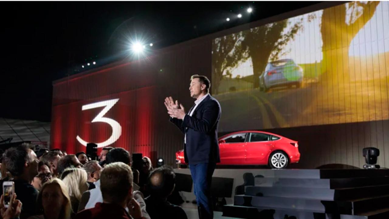 Todo ha ido empeorando para las acciones de Tesla