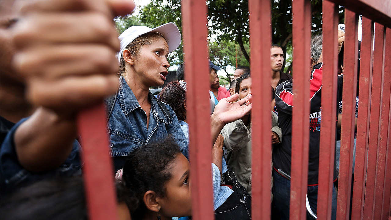Ecuador, en emergencia humanitaria para atender éxodo de venezolanos