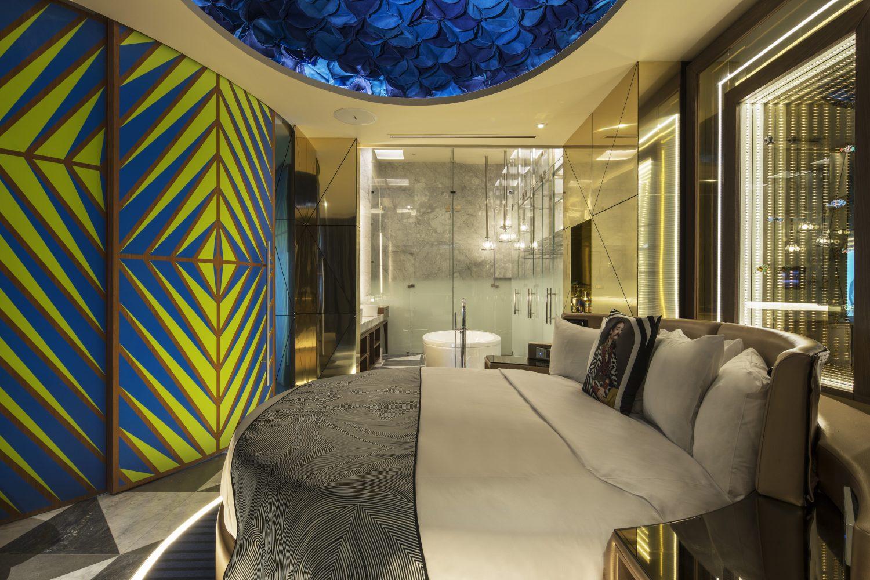 W México suite