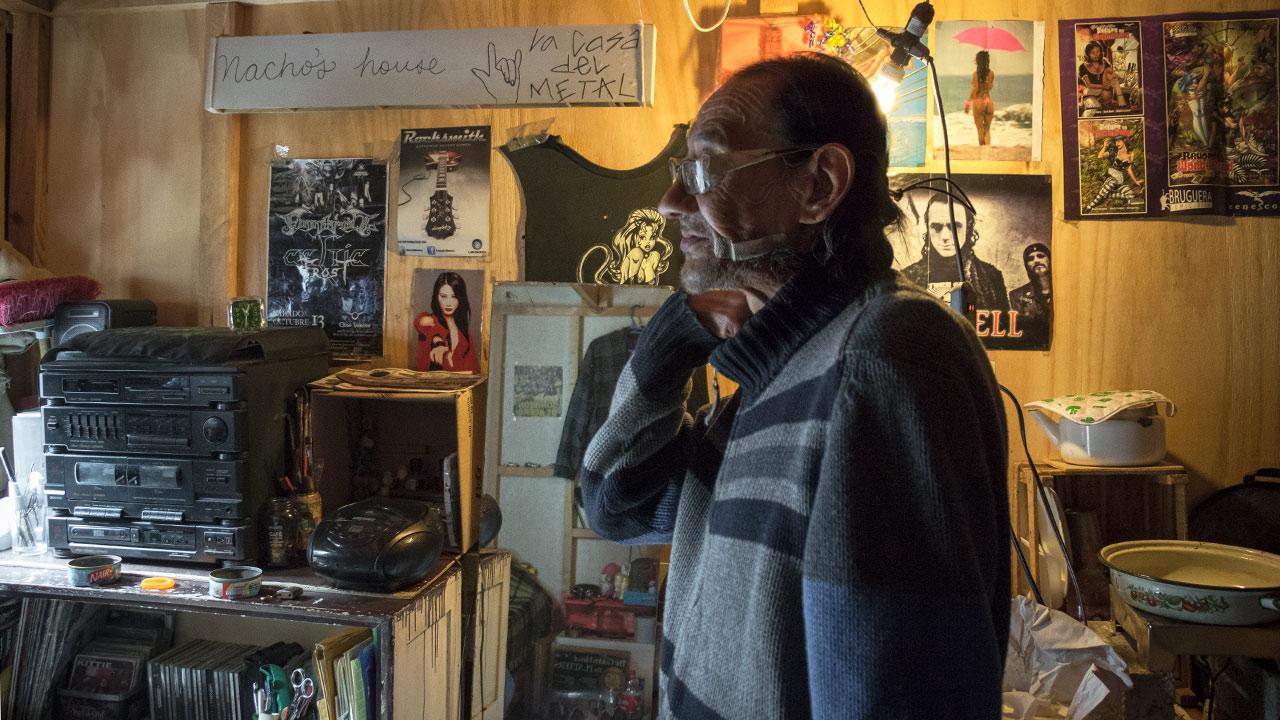 Acondicionada a su estilo, Ignacio Melo da la bienvenida e invita a escuchar buena música de su colección en su casa. Foto: Angélica Escobar/Forbes México.
