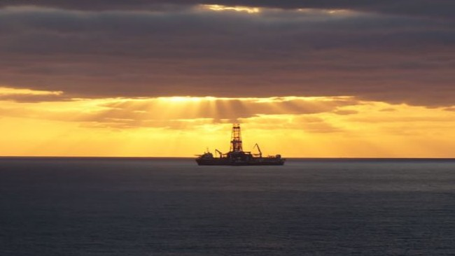 Empresas privadas producirán 180,000 barriles de petróleo en 2020