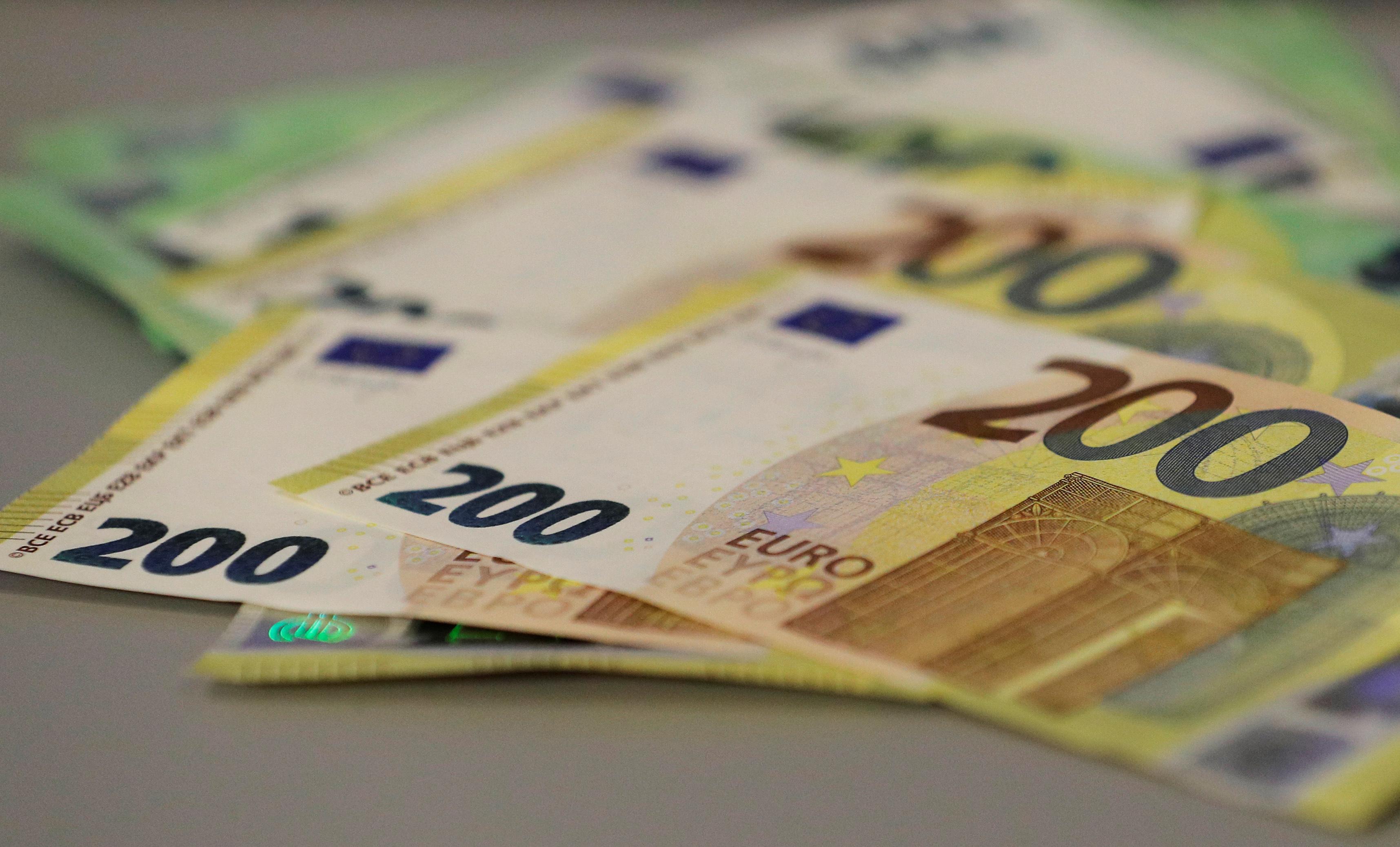 Nueva generación de billetes de euro entrará en circulación en 2019