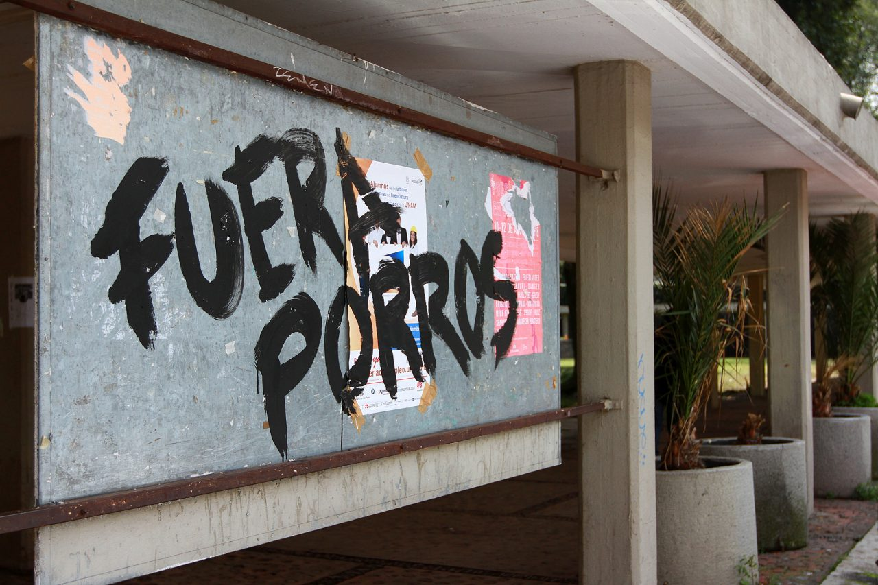 'Porros' se deslindan de ataques en CU y piden diálogo