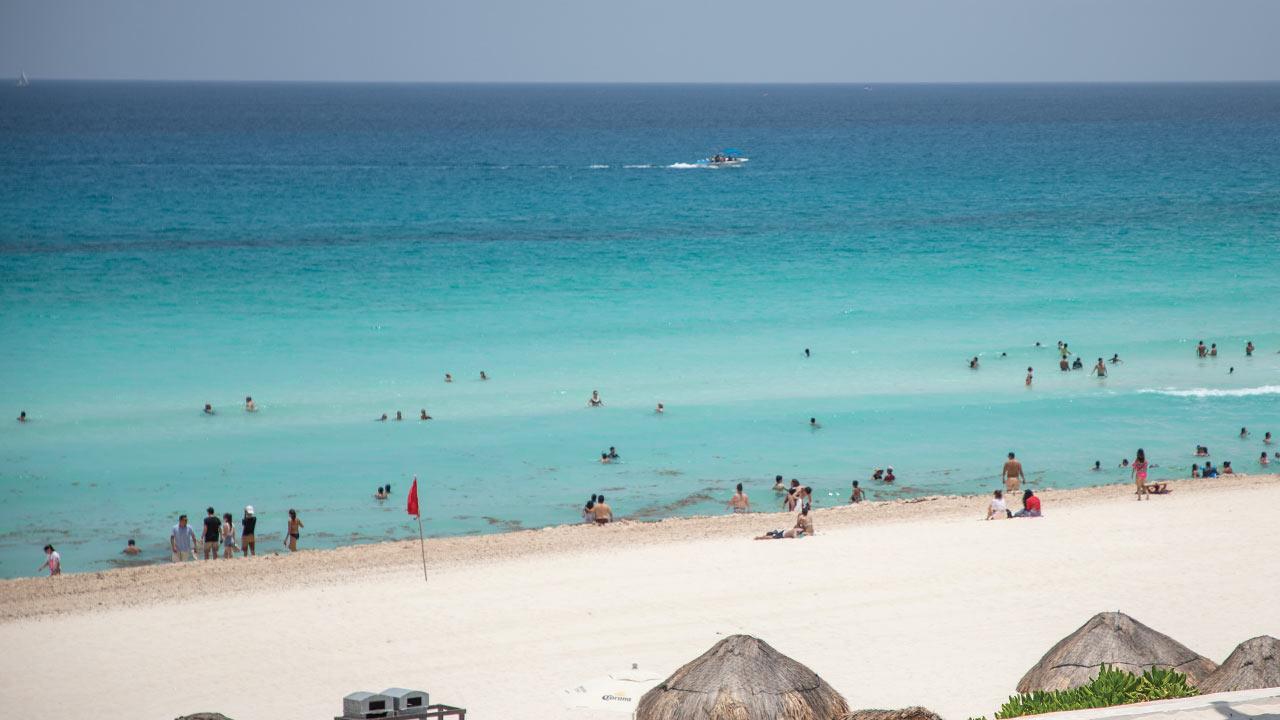 Turismo internacional en México cae 17.4% en marzo