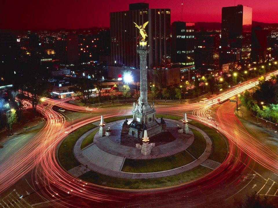 Esta noche, edificios y monumentos capitalinos apagarán su luz